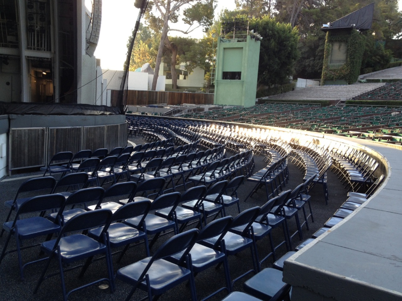 Pool section boxes or folding chairs hollywood bowl for Terrace 2 hollywood bowl